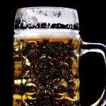 【当たる心理テスト】あなたはお酒を飲むとどうなるか?